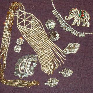 digeny how to clean vintage rhinestone jewelry