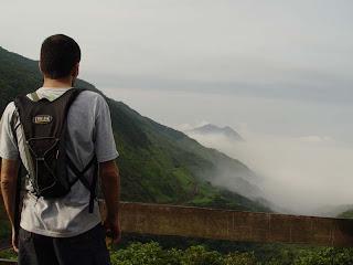 Vista da Serra, pelo ponto mais alto. Cubatão ao fundo, encoberto pela serração