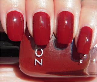 brown red creme nail art