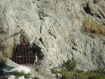 La Cueva Del Diablo En Mexico