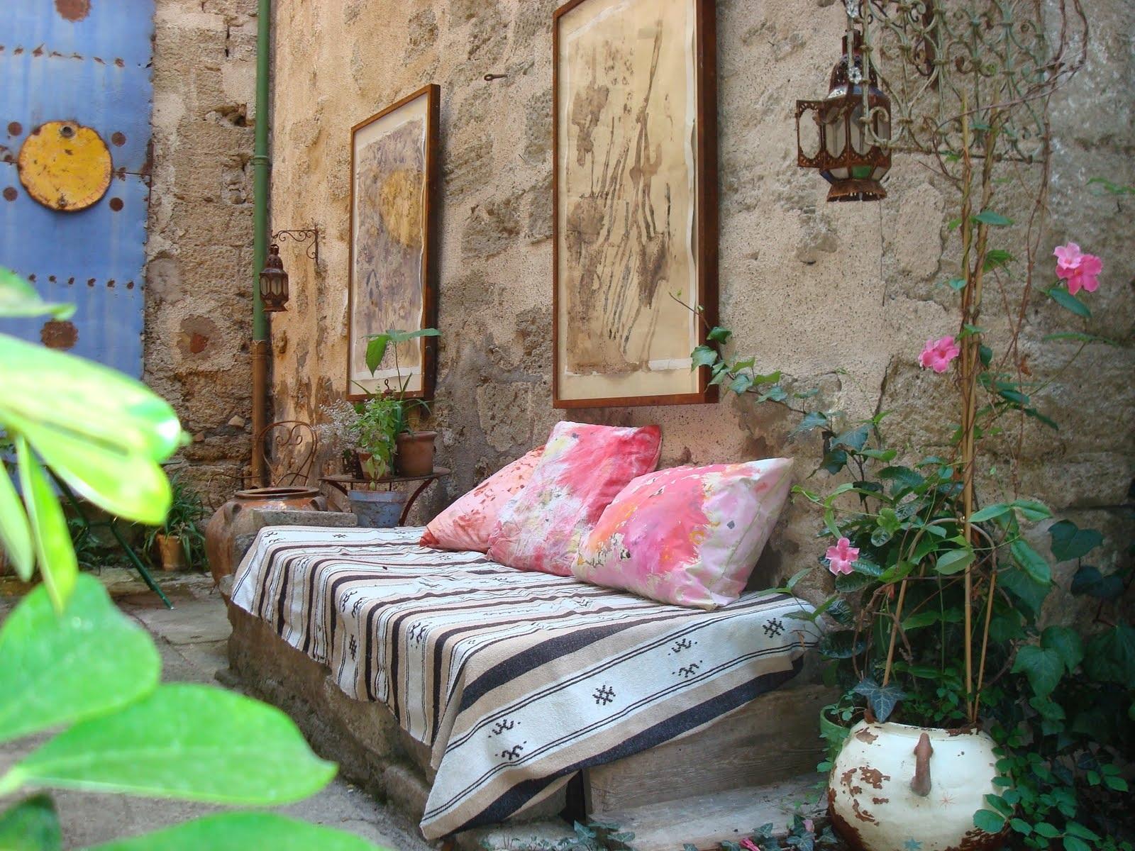 Fauna decorativa patios y terrazas en la ciudad city courtyards and terraces - Decoracion de patios y terrazas ...