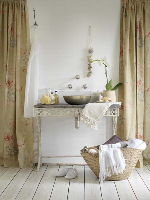 Baños Estilo Shabby Chic:Fauna decorativa: Baños estilo shabby chic / Shabby chic bathrooms