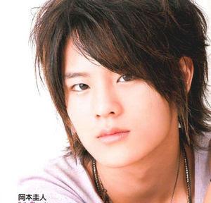 http://3.bp.blogspot.com/_rdjfMb_NRFY/TSHRC9HYCxI/AAAAAAAAAGM/Q_u1ZGfI_UE/s400/300px-KeitoOkamoto.JPG