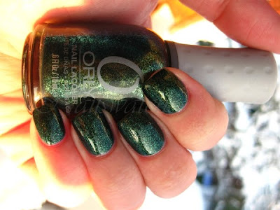 orly meet me under the mistletoe mmutm green glass flecks nail polish nailswatches tis the season holiday collection 2010
