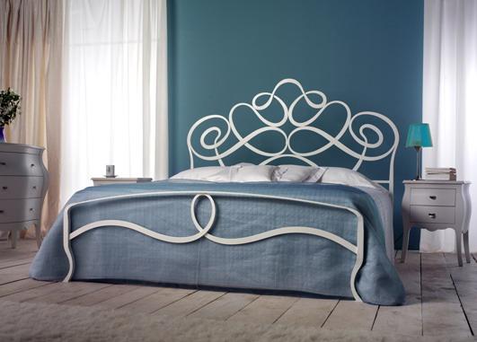 кованная кровать, художественная ковка, красивая кровать