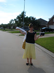 Hey look mom, I love my yellow skirt!