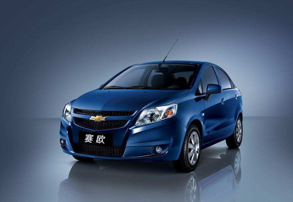 Chevrolet_Sail_250610_1.jpg