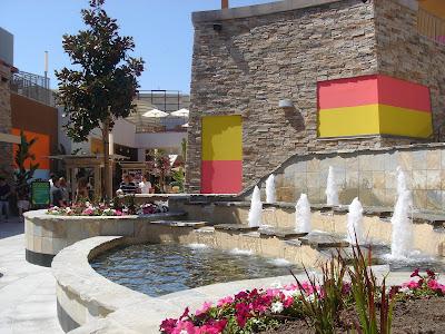 Garden Walk Mall