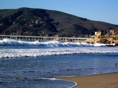 Avilia Beach Pier
