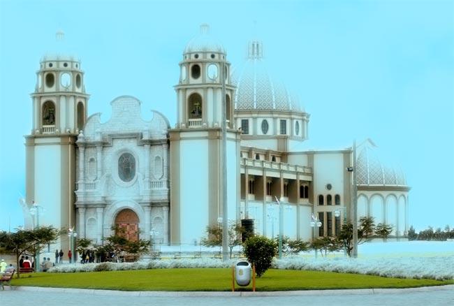Resplandor Catedral de Nuevo Chimbote