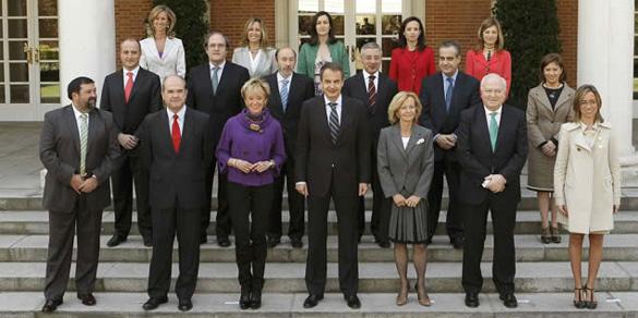 uno de los variables consejos de ministros del gobierno de Zapatero: alteración legislativa de las fechas del calendario a partir del 1 de enero de 2011
