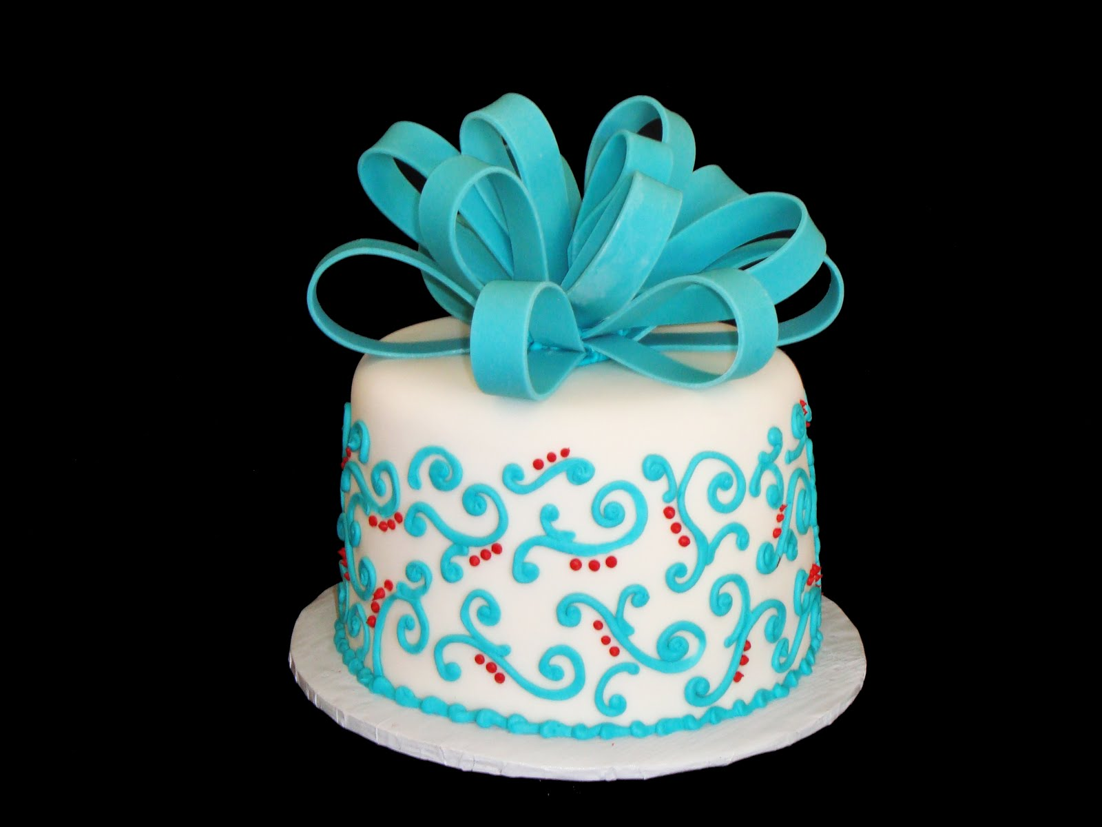 Anything but Ordinary Cakes & Cookies Tiffany blue & true red