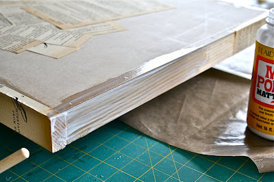 Okay, So Now The Sides Are Done And We Are Moving Onto The Table Top.  Again, Have Enough Pieces Cut To Cover The Top. You Donu0027t Want To Be  Cutting Paper ...