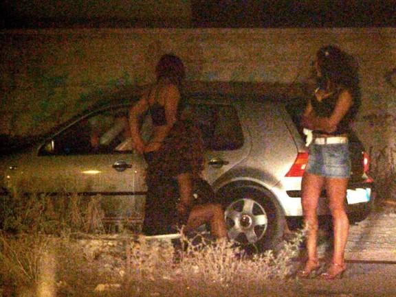 massaggi roma italiana foto prostitute strada