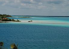 Laguna de Siete Colores-Bacalar