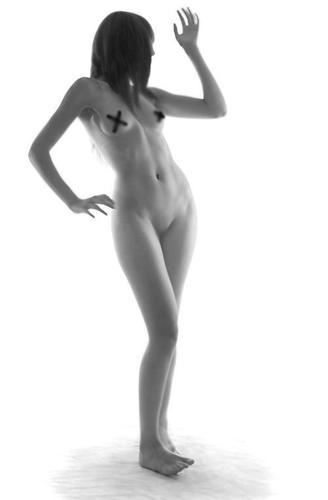 Deshinibición y desnudez