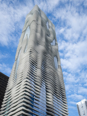 Aqua Tower Chicago Studio Gang