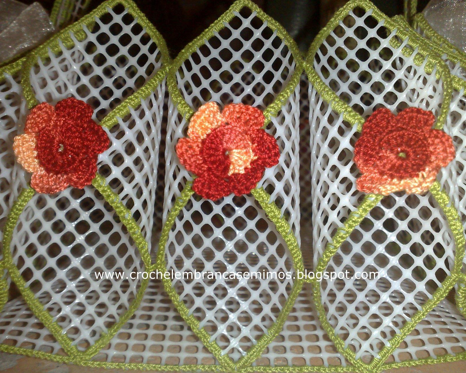 Croch lembran as e mimos cesta para guardanapos - Cestos de tela ...