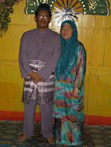 BAPAK & MAK...YG SNGT DIRIKU SAYANG.....semoga kedua ibu bapaku sentiasa di bawah kasih Allah..