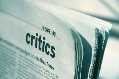 Komentar Kritik