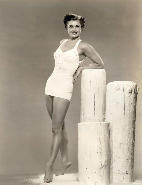 Купальные костюмы 40-50-х.Актрисы и Hollywood style