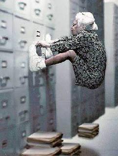 http://3.bp.blogspot.com/_rrz9xJIHdwA/SkTiFUK3CTI/AAAAAAAAABA/xu7_8M82OAk/s320/ergonomic-bloopers.jpg