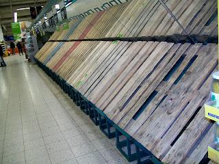 Poland, Warsaw, Warszawa, Tesco, shopping, supermaket, hypermarket, empty shelves, Easter, Wielkanoc