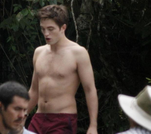 robert pattinson shirtless. Robert Pattinson stripped down