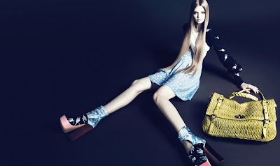 5 - Miu Miu Ayakkab�, �anta ve G�zl�k Modelleri