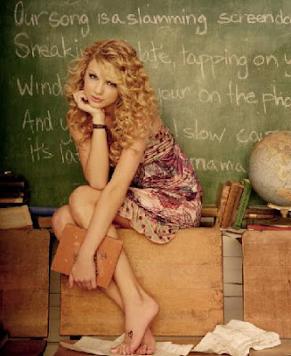 taylor swift. Taylor Swift Albums Pictures