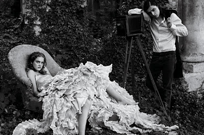 LIVE DREAM LOVE The Art Of Photography And Fashion Annie Leibovitz