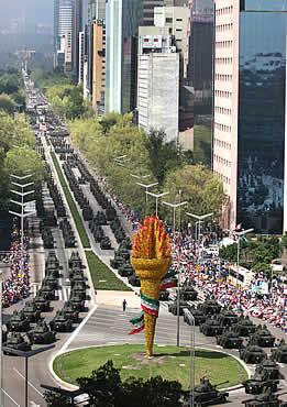 Armée Mexicaine / Mexican Armed Forces / Fuerzas Armadas de Mexico - Page 3 09desfile