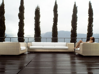 Elegant and Relax Outdoor Wicker Furniture Design