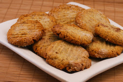 ... Sugar-Free and Gluten-Free Cookies Recipe with Almond and Flaxseed