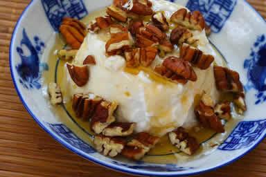 Greek Yogurt with Agave Nectar