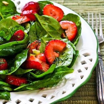 Strawberry Spinach Salad with Almonds and Dill