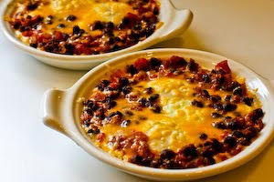 Mexican Baked Eggs with Black Beans, Tomatoes, Green Chiles, and ...