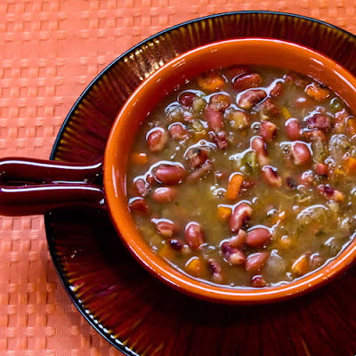 Crockpot (or Stovetop) Anasazi Bean and Cabbage Soup [found on KalynsKitchen.com]