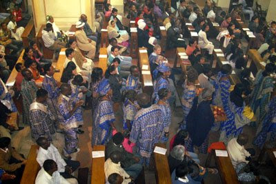 Messa africana alla chiesa di San Francesco, a Tripoli