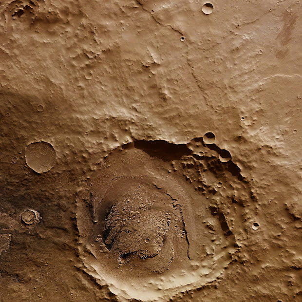 Mars Express: wind and water have shaped Schiaparelli on Mars!