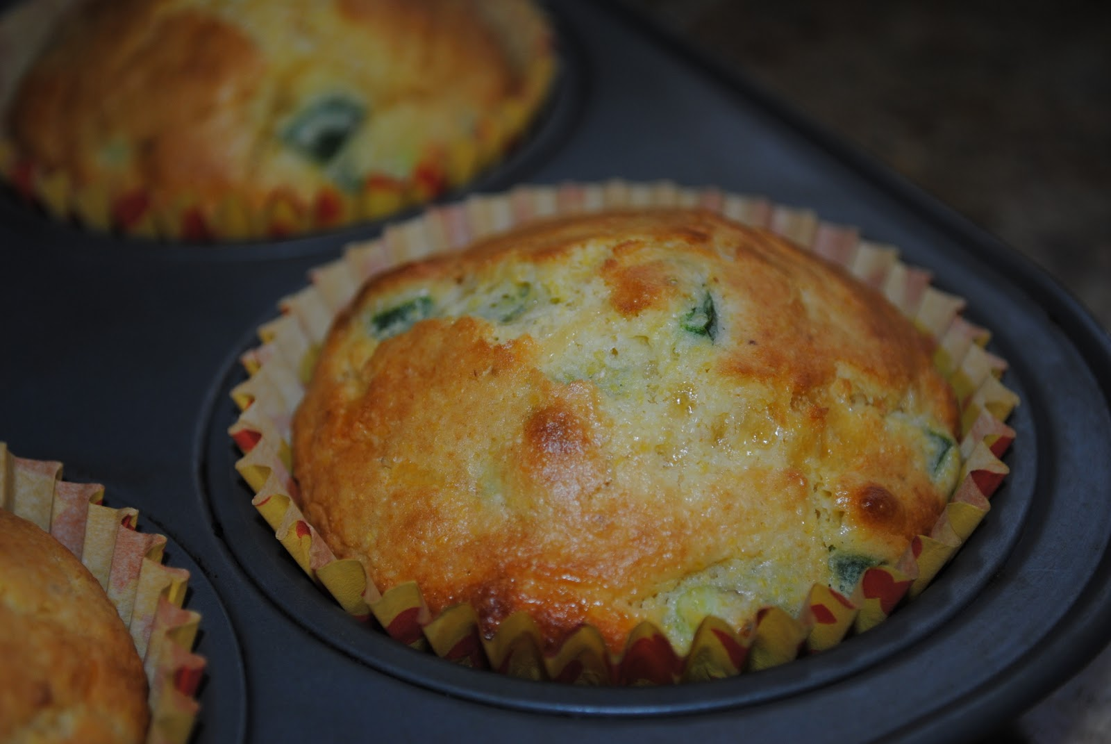 Easy Side Dish: Jalapeno-Cheese Cornbread | The Enchanted Spoon