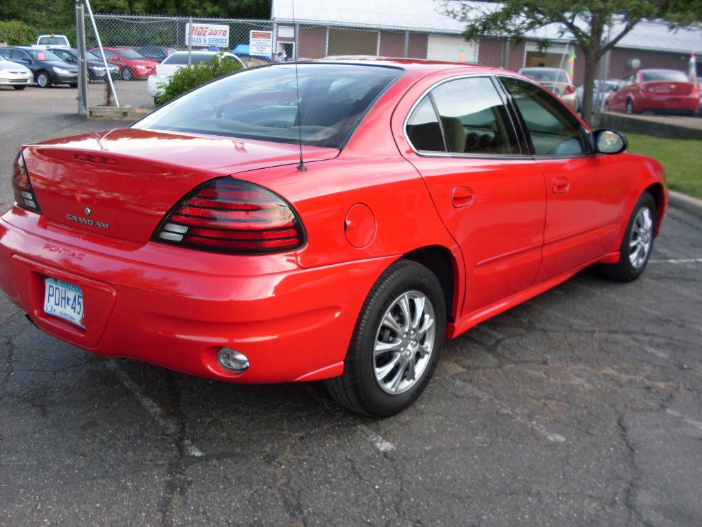 Ride Auto  2004 Pontiac Grand Am Se