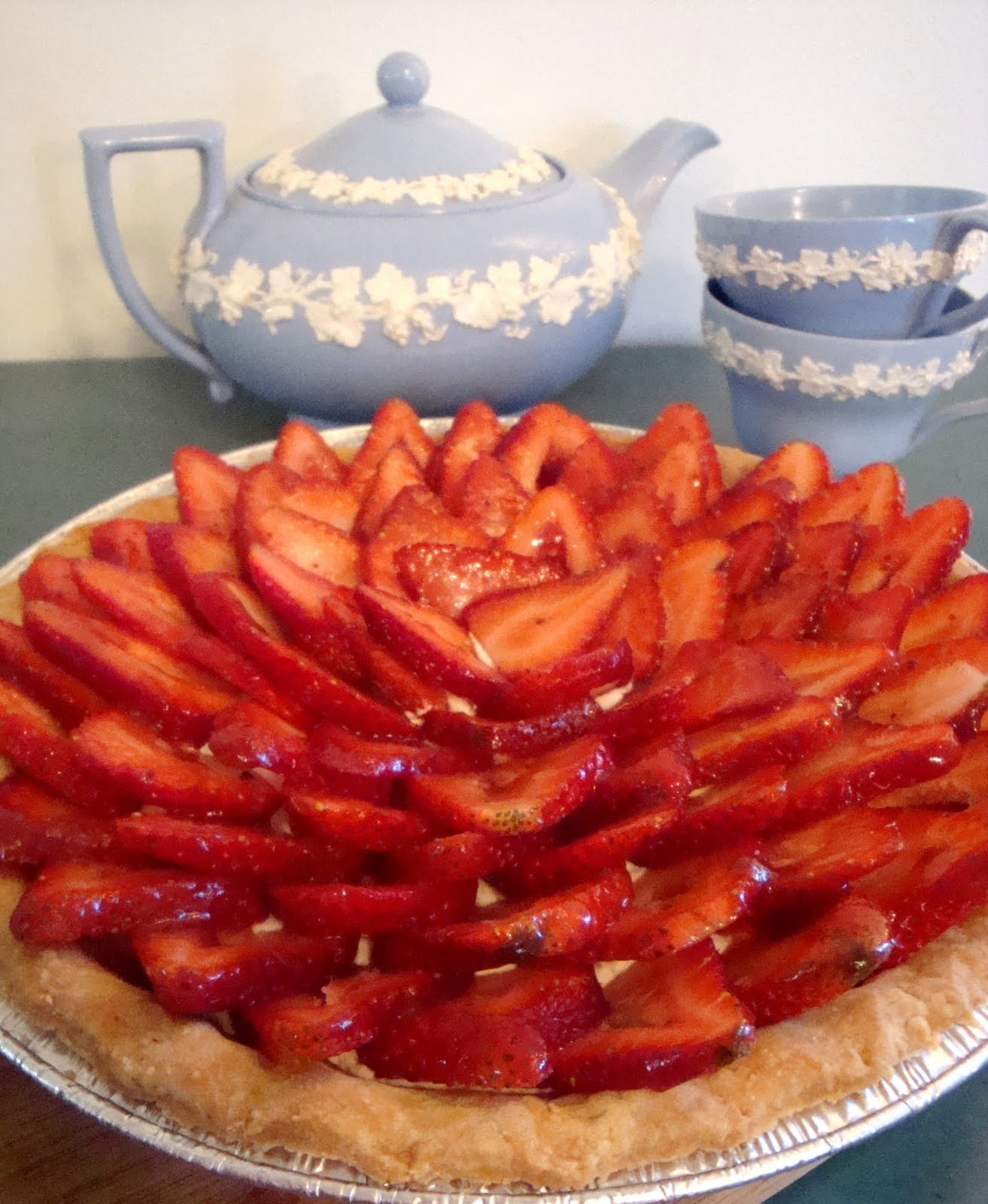 Sweet Lavender Bake Shoppe: fresh strawberry pie...