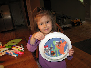 Crafting Motherhood: Kid's Crafts Thursday - Paper Plate Fish Tanks