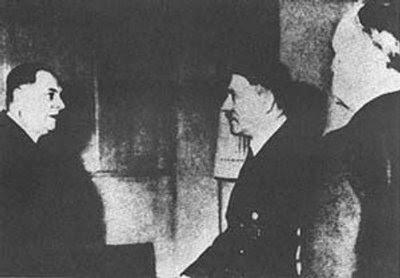 Serbian+Collaborator+Nazi+Fascist+Milan+Nedic+and+Adolf+Hilter+Killed+Jews+in+Holocaust.jpg