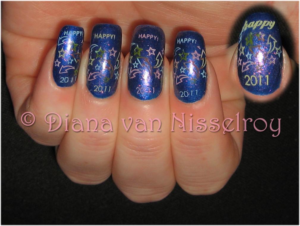 dark nail polish 2011. a dark blue nail polish