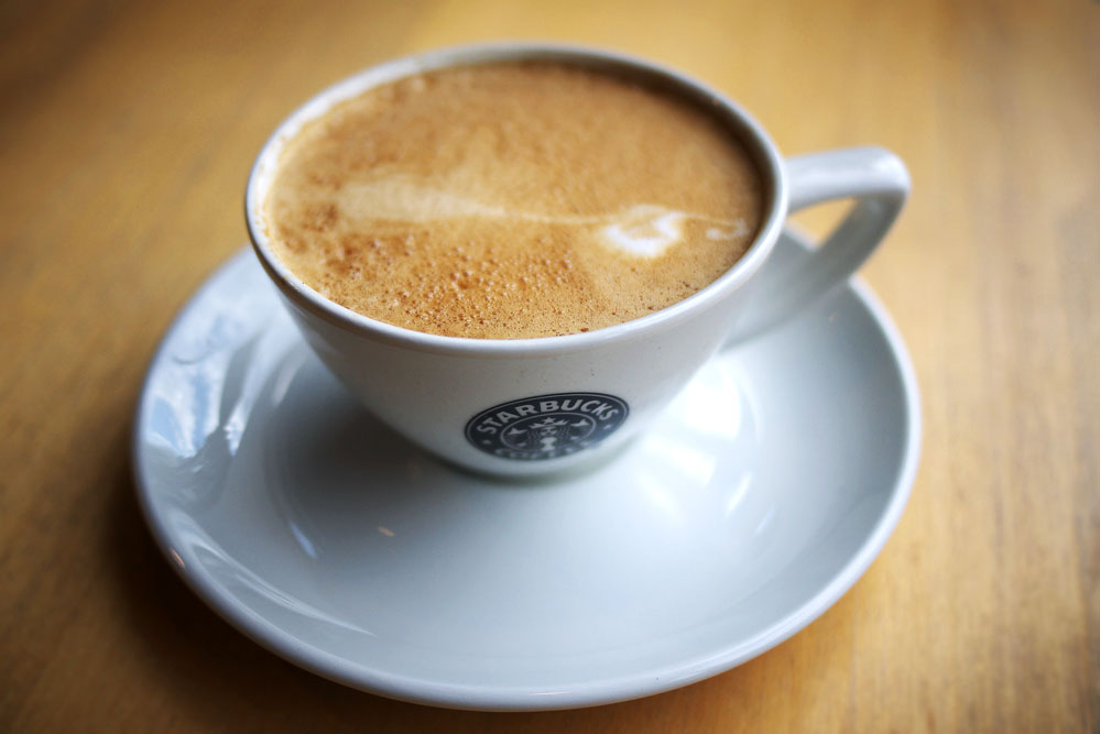 how to drink flat white