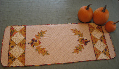 Awesome Fall Table Runner giveaway first prize