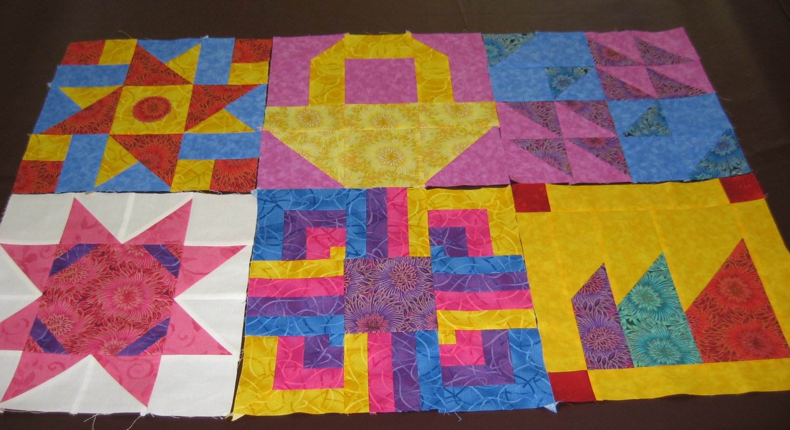 Layer Cake Quilt Along : Hooked on Needles: Layer Cake Quilt-Along Block Six