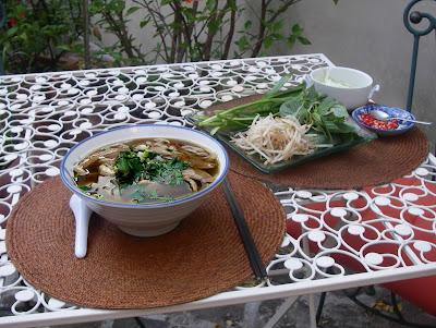Pho au poulet - soupe de vermicelles au poulet